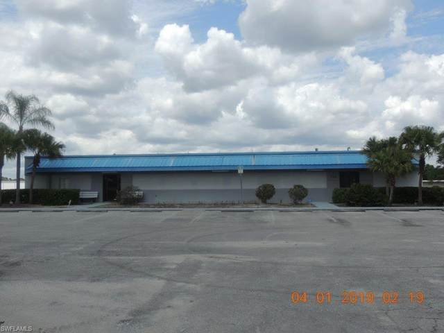 730 E Cowboy Way, Labelle, FL 33935 (MLS #221016673) :: RE/MAX Realty Group
