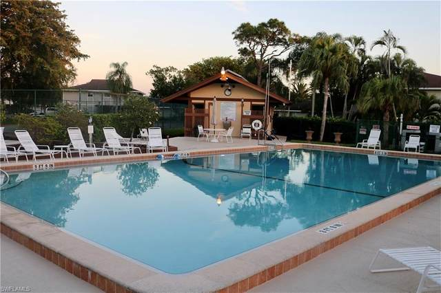 5848 Queen Elizabeth Way #3, Fort Myers, FL 33907 (MLS #221016883) :: Kris Asquith's Diamond Coastal Group