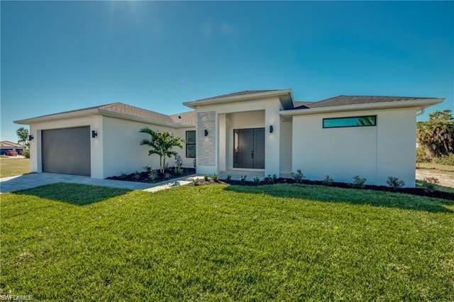 307 NW 4th Avenue, Cape Coral, FL 33993 (MLS #221017086) :: Domain Realty