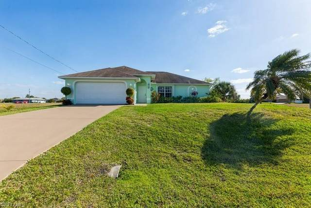 2734 NW 10th Terrace, Cape Coral, FL 33993 (MLS #221017326) :: Clausen Properties, Inc.
