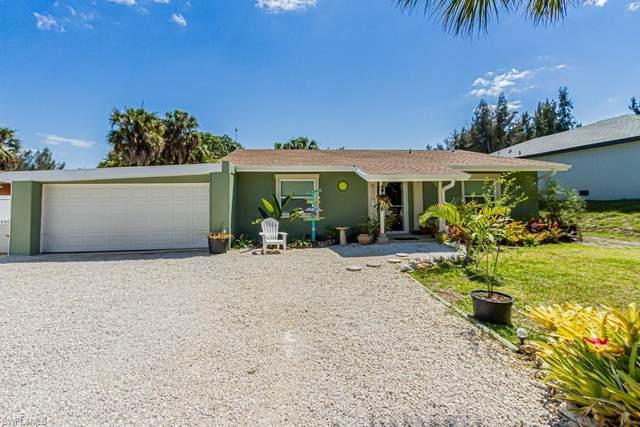 3471 Papaya Street, St. James City, FL 33956 (MLS #221018281) :: Premier Home Experts