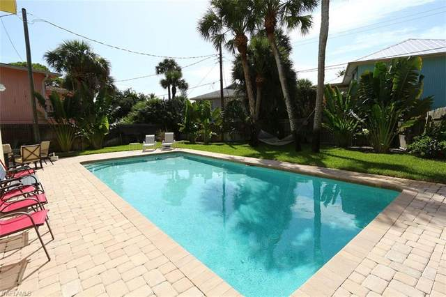 Fort Myers Beach, FL 33931 :: RE/MAX Realty Team