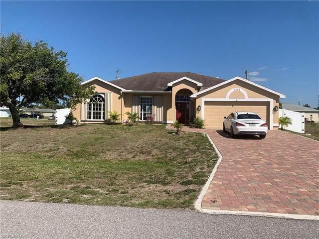 1305 SW 11th Place, Cape Coral, FL 33991 (MLS #221019527) :: Clausen Properties, Inc.