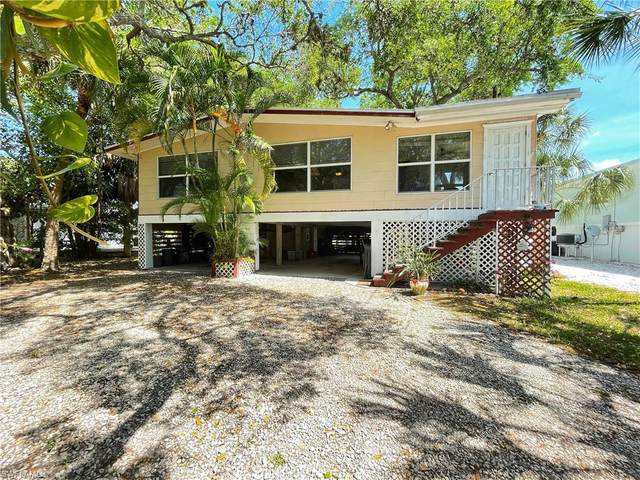 5461 Oak Ridge Avenue, Fort Myers Beach, FL 33931 (MLS #221019598) :: Team Swanbeck