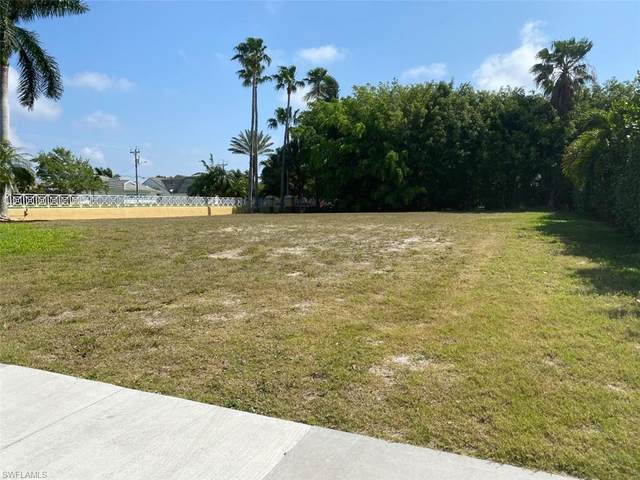 5501 Merlyn Lane, Cape Coral, FL 33914 (MLS #221020703) :: RE/MAX Realty Group