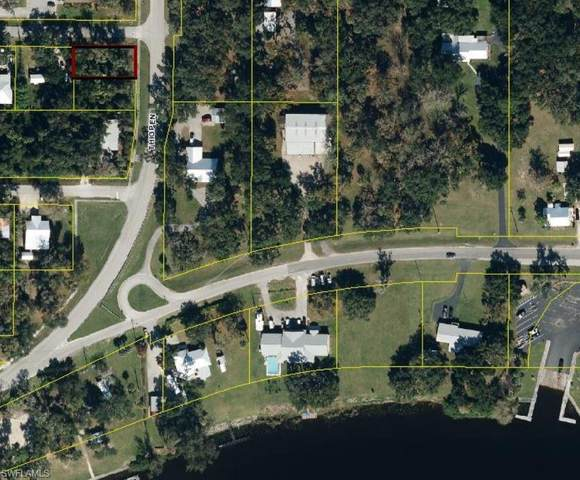 Lot#22 Glades Avenue, Labelle, FL 33935 (MLS #221022735) :: Waterfront Realty Group, INC.