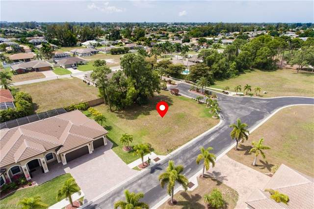 918 Palmetto Pointe Circle, Cape Coral, FL 33991 (MLS #221023402) :: Wentworth Realty Group