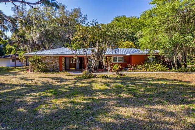 17601 Williamsburg Drive NW, North Fort Myers, FL 33917 (MLS #221023639) :: Realty World J. Pavich Real Estate