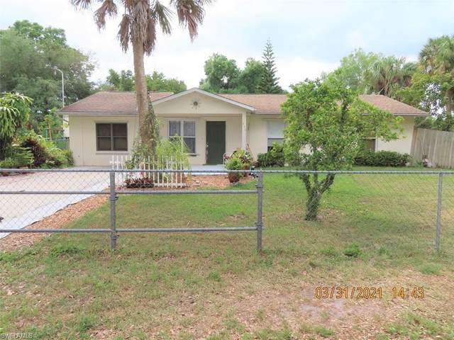 450 Christopher Court, Labelle, FL 33935 (MLS #221024463) :: Realty World J. Pavich Real Estate