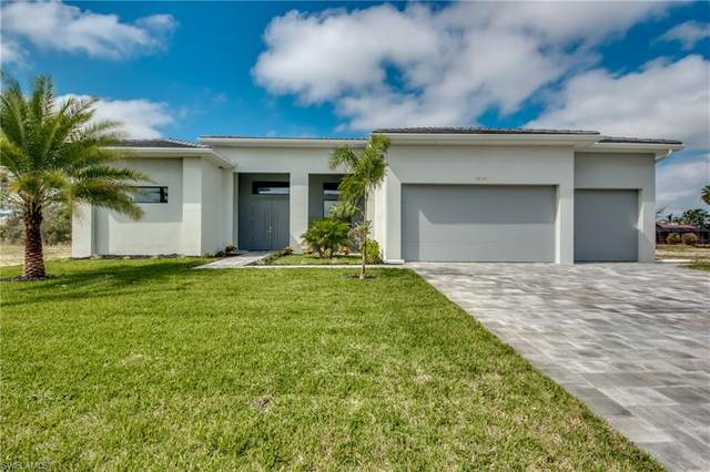 3510 SW 11th Place, Cape Coral, FL 33914 (MLS #221024928) :: Premiere Plus Realty Co.