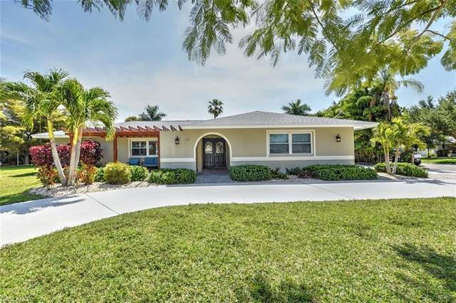 5673 Eichen Circle W, Fort Myers, FL 33919 (MLS #221026001) :: Realty Group Of Southwest Florida