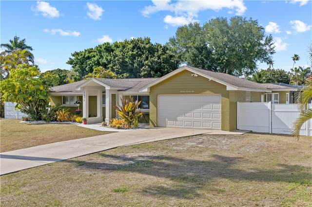 1371 Sunbury Drive, Fort Myers, FL 33901 (MLS #221026096) :: RE/MAX Realty Group