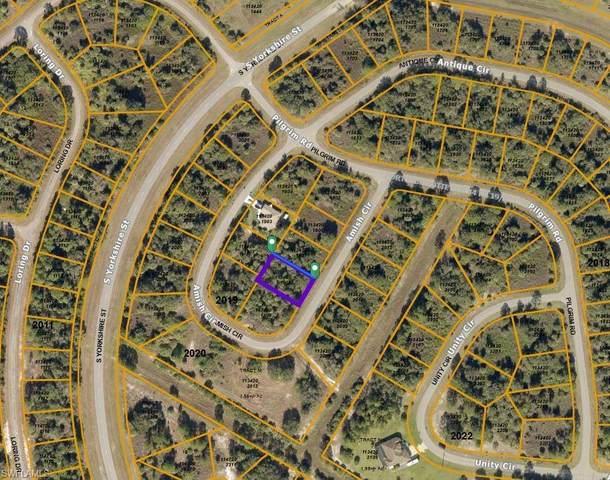 Amish Circle, North Port, FL 34288 (MLS #221026381) :: NextHome Advisors