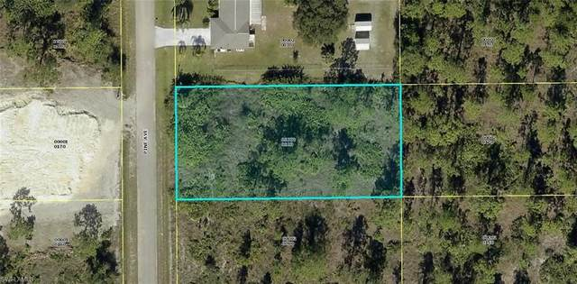 808 Pine Avenue, Lehigh Acres, FL 33972 (MLS #221027005) :: RE/MAX Realty Group