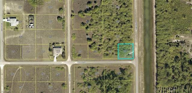 4507 E 15th Street, Lehigh Acres, FL 33972 (MLS #221027070) :: Premiere Plus Realty Co.