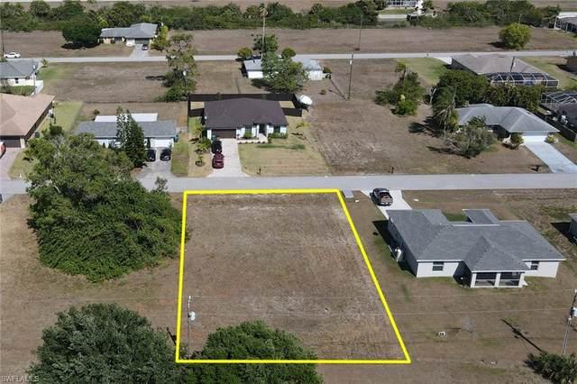 1914 NE 18th Avenue, Cape Coral, FL 33909 (MLS #221027306) :: BonitaFLProperties