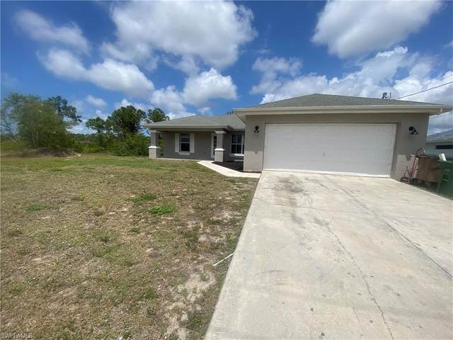 403 NE 31st Street, Cape Coral, FL 33909 (MLS #221027464) :: Wentworth Realty Group