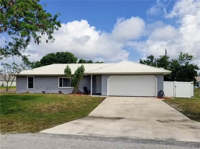 321 NE 29th Terrace, Cape Coral, FL 33909 (MLS #221027506) :: Medway Realty