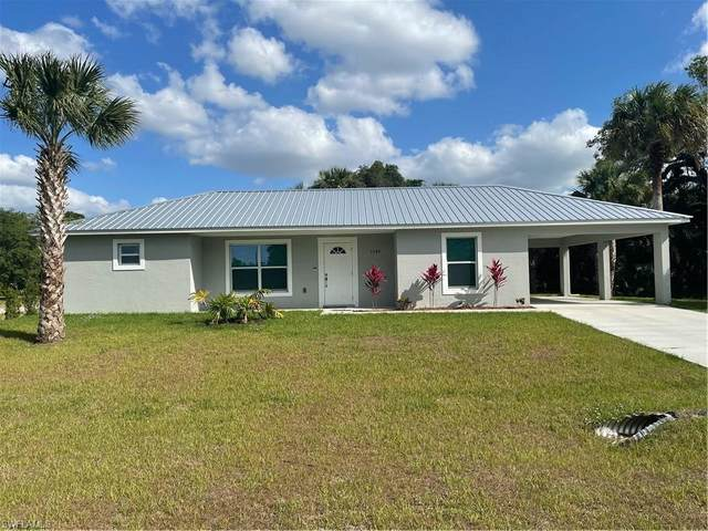 1392 N Hilton Circle, Labelle, FL 33935 (MLS #221027528) :: Wentworth Realty Group