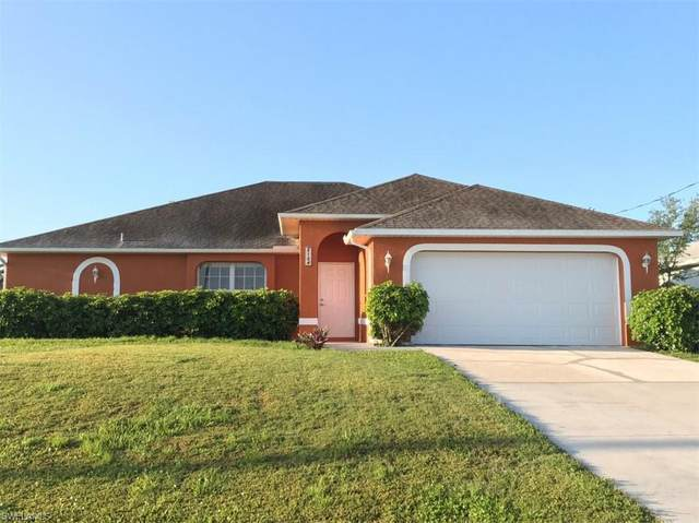2104 SW 15th Terrace, Cape Coral, FL 33991 (MLS #221027604) :: Wentworth Realty Group