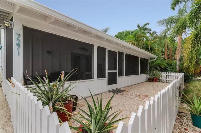 7271 Orange Avenue, Bokeelia, FL 33922 (MLS #221027753) :: Florida Homestar Team