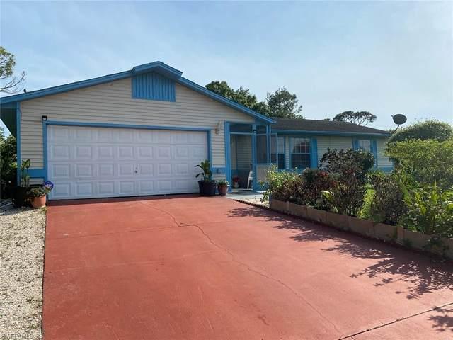 5207 5th Street W, Lehigh Acres, FL 33971 (MLS #221027787) :: Team Swanbeck
