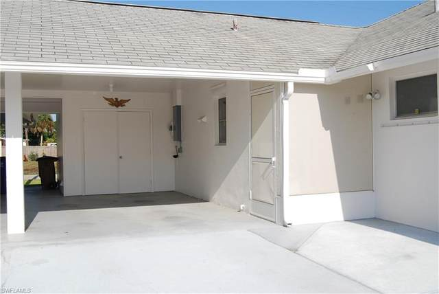 303 Maycrest Road, Lehigh Acres, FL 33936 (MLS #221028176) :: Premiere Plus Realty Co.