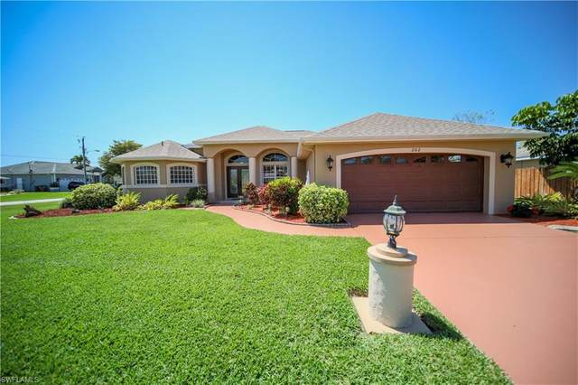 202 SW 38th Street, Cape Coral, FL 33914 (#221028505) :: Southwest Florida R.E. Group Inc