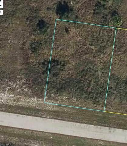 8016 Piper Lane, Labelle, FL 33935 (MLS #221028908) :: Clausen Properties, Inc.