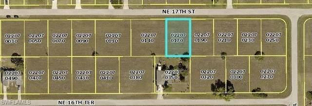 1716 NE 17th Street, Cape Coral, FL 33909 (MLS #221028994) :: Domain Realty