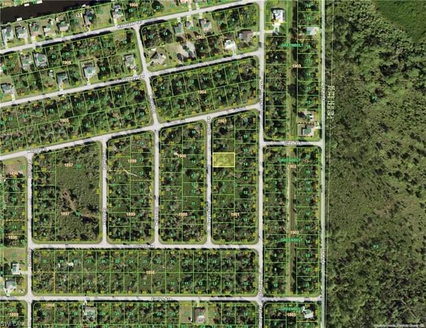 4364 Harper Street, Port Charlotte, FL 33981 (MLS #221029428) :: BonitaFLProperties