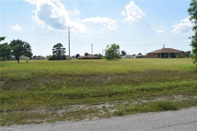 1410 NE Juanita Place, Cape Coral, FL 33909 (MLS #221029489) :: Clausen Properties, Inc.