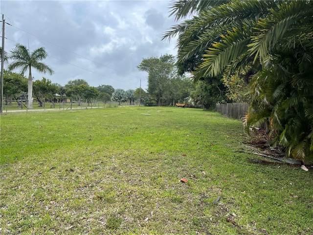 13591 Robert Road, Bokeelia, FL 33922 (MLS #221029663) :: Wentworth Realty Group