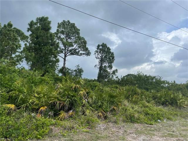 3714 19th Street SW, Lehigh Acres, FL 33976 (MLS #221029811) :: #1 Real Estate Services