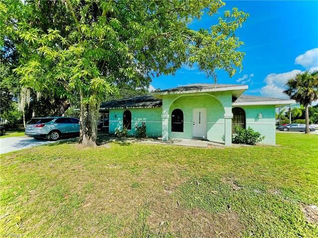 2605 Guava Street, Fort Myers, FL 33916 (MLS #221029877) :: Clausen Properties, Inc.