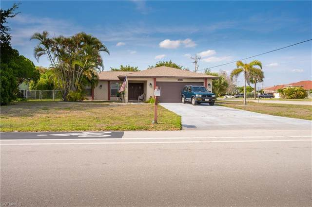 629 Archer Parkway W, Cape Coral, FL 33904 (#221029995) :: Caine Luxury Team