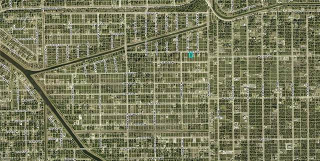 2513 28th Street W, Lehigh Acres, FL 33971 (MLS #221030371) :: Medway Realty
