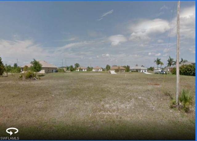 123 NW 25th Street, Cape Coral, FL 33993 (#221030434) :: Caine Luxury Team
