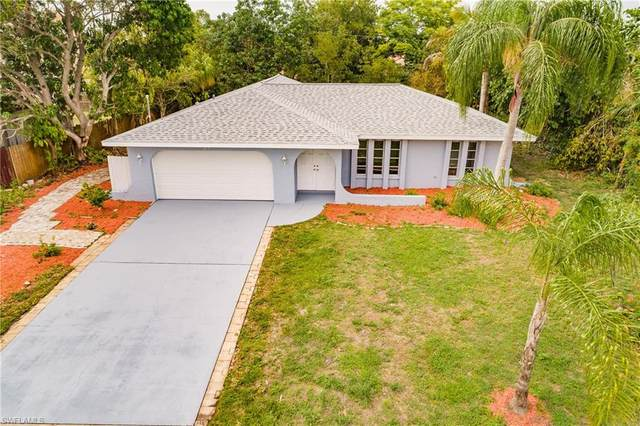 313 SE 32nd Terrace, Cape Coral, FL 33904 (#221030438) :: Caine Luxury Team