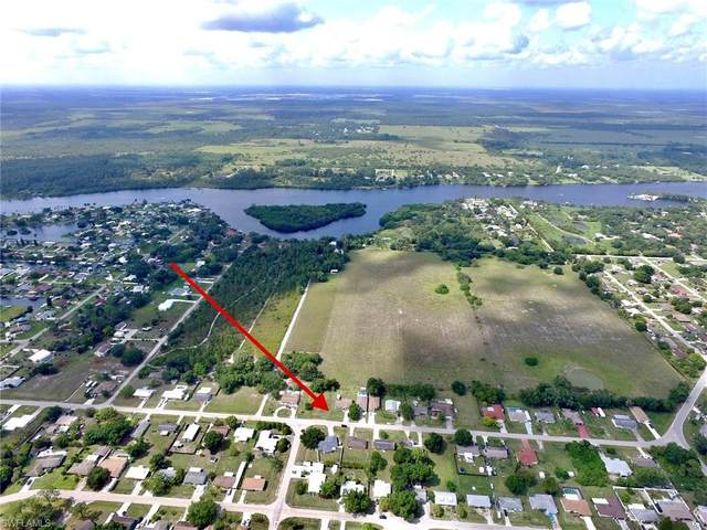 14008 Marquette Boulevard, Fort Myers, FL 33905 (MLS #221031107) :: Domain Realty