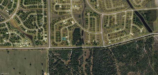 7053 Calder Circle, Labelle, FL 33935 (MLS #221031195) :: Waterfront Realty Group, INC.