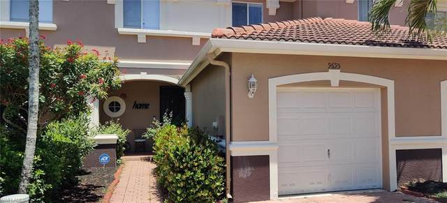 9695 Roundstone Circle, Fort Myers, FL 33967 (MLS #221031318) :: Wentworth Realty Group