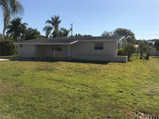 1392 Pine Avenue, North Fort Myers, FL 33917 (MLS #221031382) :: Domain Realty