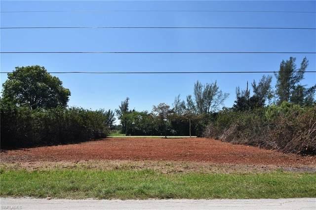 7352 Cobb Road, Bokeelia, FL 33922 (MLS #221031487) :: RE/MAX Realty Team
