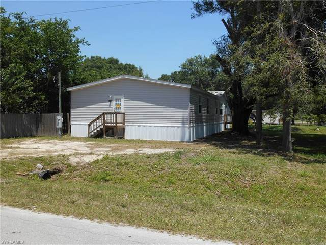 240 Marion Avenue, Labelle, FL 33935 (MLS #221031897) :: Wentworth Realty Group