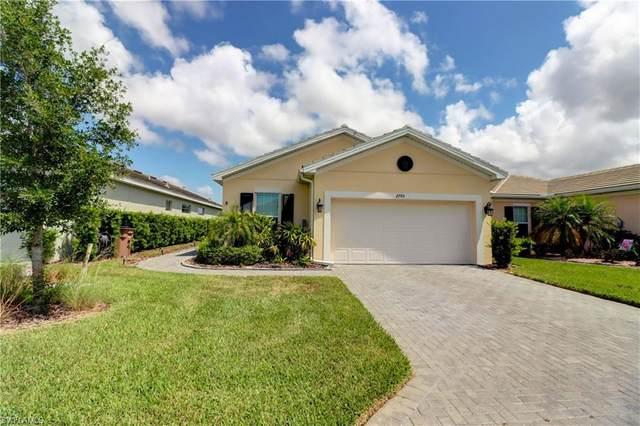 2705 Vareo Court, Cape Coral, FL 33991 (MLS #221031921) :: BonitaFLProperties