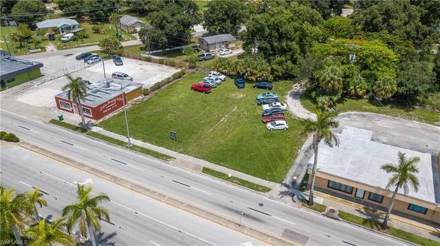 4423 Palm Beach Boulevard, Fort Myers, FL 33905 (MLS #221031954) :: Domain Realty