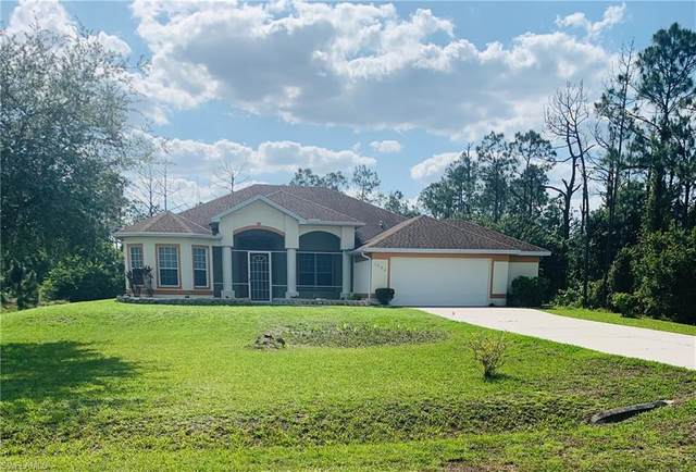 1223 Roosevelt Avenue, Lehigh Acres, FL 33972 (MLS #221031992) :: Wentworth Realty Group