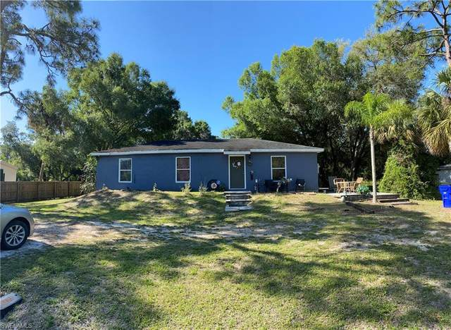 881 E Lincoln Avenue, Labelle, FL 33935 (MLS #221031994) :: Waterfront Realty Group, INC.