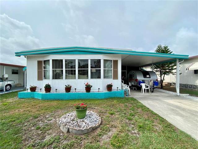 218 Poinsettia Drive, Fort Myers, FL 33905 (MLS #221032381) :: Wentworth Realty Group